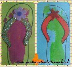 """Lekker zomerse activiteit: slippers maken. Wij hebben op de website 3 verschillende maten slippers om uit te printen. Kijk op www.peuteractiviteitenweb.nl bij """"knutselen"""". Veel plezier!"""