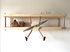 Hoi! Ik heb een geweldige listing op Etsy gevonden: https://www.etsy.com/nl/listing/575815309/de-originele-vliegtuig-wandplank-van-de