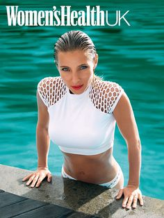 Casual reminder that Elsa Pataky gave birth..TO TWINS! How amazing does she look?!