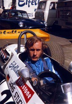 Hans Joachim Stuck Jr - Brabham BT30 Cosworth FVA - Eifelland Wohnwagenbau - XXXIV ADAC-Eifelrennen 1971