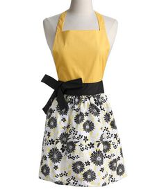 Take a look at this Design Imports Snapdragon Daisy Garland Apron by Design Imports on #zulily today!