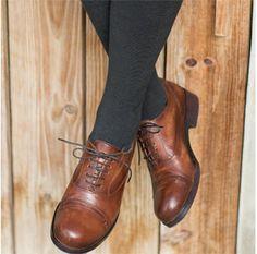 Schuh Valeria-Schuhe & Strümpfe-Accessoires - im Qiero Online-Shop kaufen.