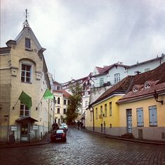Little beautiful town .. an Old town ..   Tallinn Tallinn Tallinn  Estonia    www.tallinn.com/live Old Town, Travelling, Mansions, Park, Live, House Styles, Beautiful, Old City, Manor Houses