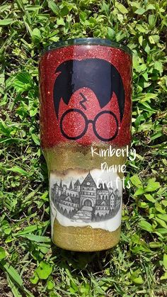 Inspired by Harry Potter tumbler custom made with pages from Diy Tumblers, Custom Tumblers, Glitter Tumblers, Personalized Tumblers, Tumblr Cup, Custom Cups, Tumbler Designs, Glitter Cups, Cup Design