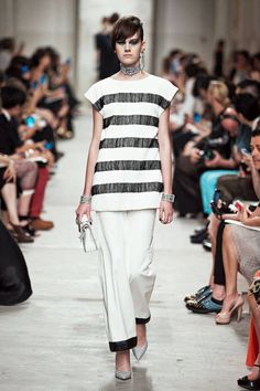 Chanel Resort 2014 runway fashion- Fabric manipulated stripes