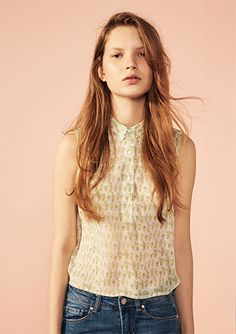 FAVOURITES WOMAN - EDITORIAL - PULL&BEAR Portugal