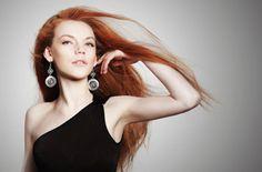 Truquitos de belleza fáciles y sencillos de aplicar para sanar y prevenir las puntas abiertas en tu cabello.http://adrianabetancur.com/#!/como-eliminar-la-horquilla-de-tu-cabello/