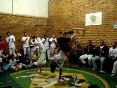 Comemoração 40 Anos de Capoeira de Mestre Ponciano Grupo Cordão de Ouro