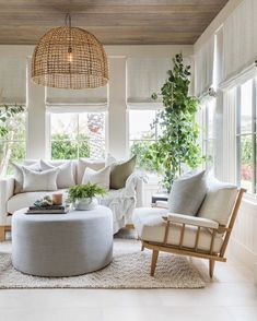 Tongue And Groove Ceiling, Coastal Living Rooms, Outdoor Furniture Sets, Outdoor Decor, Living Room Inspiration, Home Staging, Pure Products, Interior Design, Interior Styling