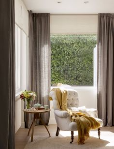 New Bedroom Big Window Sunrooms Ideas Decor Interior Design, Interior Decorating, Traditional Home Magazine, Cozy Reading Corners, Reading Nook, Home And Living, Living Room, Wooden Side Table, Home Curtains