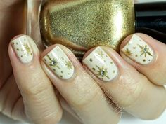 Nails of the Day: Glimmering Stars