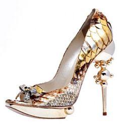 Pumps! John Galliano for @Dior
