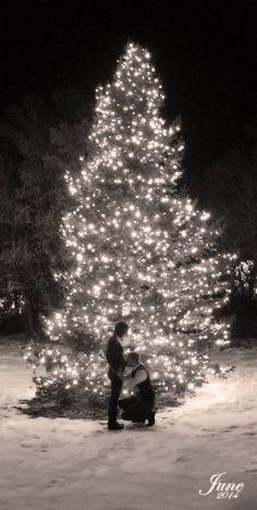 Christmas Pregnancy Announcement <3 Love my baby already