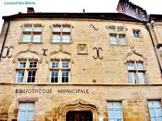 Luxeuil-les-Bains: Facciata della biblioteca ( © Jean Espirat ) - France-Voyage.com