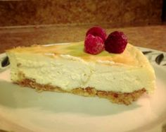 Low carb cheesecake, with no artificial sweeteners!