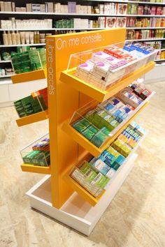 Création et agencement de magasins - Pharmacie - DESPERRIER