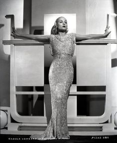 theclutteredclassicattic:  Carole Lombard, 1930s
