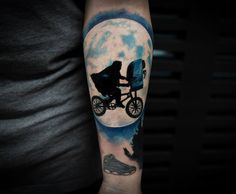 Here you will find a huge collection of different arm tattoos designs for men and women. Bike Tattoos, Body Art Tattoos, Small Tattoos, Cool Tattoos, Tatoos, Heart Tattoos, Axe Tattoo, Tattoo Arm, Best Tattoo Designs