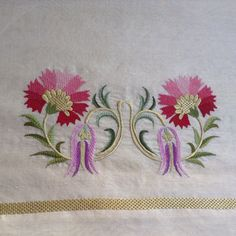 Embroidery Motifs, Free Machine Embroidery, Hand Embroidery Designs, Ribbon Embroidery, Bargello, Stitch Design, Handicraft, Sewing Crafts, Needlework