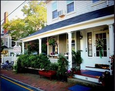 Century House, Nantucket Island #nantucket http://www.centuryhouse.com