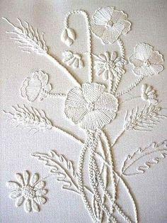 Белым по белому: вышивка в стиле Mountmellick.