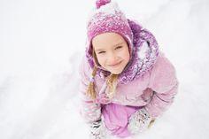 Ein- oder Zweiteiler – Der richtige Schneeanzug für Babys und Kleinkinder
