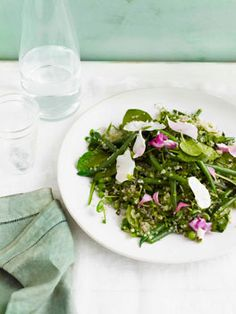 Quinoa with peas, beans, lemon and herb