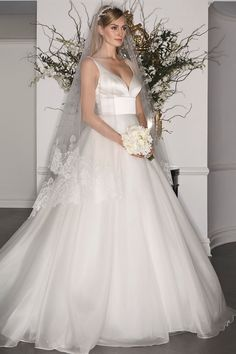 Legends Fall 2017 Wedding Collection by Romona Keveza