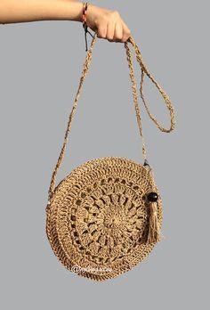 Handmade Clutch, Handmade Bags, Spring Look, Crochet Basket Pattern, Crochet Circles, Crochet Purses, Crochet Videos, Knitted Bags, Sisal