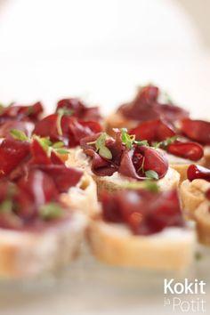 Kokit ja Potit -ruokablogi: Poro-vuohenjuustoleivät balsamicosiirapilla