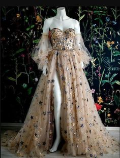 Ball Gowns Prom, Ball Gowns Evening, Ball Gown Dresses, Evening Dresses, Elegant Dresses, Pretty Dresses, Beautiful Dresses, Unique Dresses, Pretty Clothes
