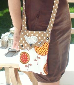 Bag with Flap Tutorial - I love the scalloped edge and bird applique.  Great ideas!