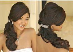 peinado novia, cola al lado
