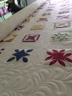 This quitling is spectacular! So much detail!   American Made Quilting