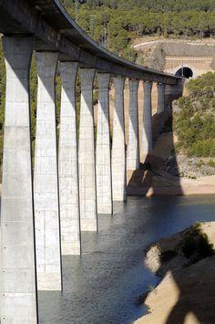 Pilas viaducto del Istmo. Fecha 03-09-2009
