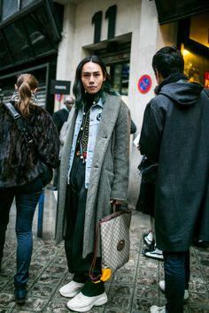 Street style at Paris Fashion Week Men's Fall 2018