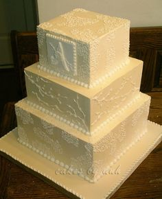 Can't believe this is out of Swiss buttercream, given the crisp and sharp edges. Wonderful, classic, elegant cake.