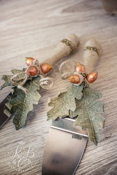 Barn wedding cake serving autumn wedding rustic от RusticBeachChic #toastingflutes, #guestbooks, #unitycandles, #caketoppers and different #tablesetting. #wedding #weddings #weddingaccessories
