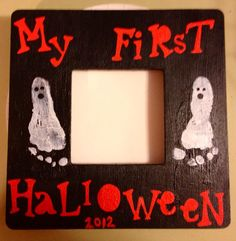 My First Halloween picture frame with ghost foot prints. Get the wood frame from Michaels for a dollar! Babys 1st Halloween, Halloween Crafts For Kids, Holidays Halloween, Holiday Crafts, Holiday Fun, Halloween Decorations, Halloween Party, Halloween Ghosts, Halloween Picture Frames