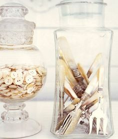 I want to have a couple of quirky little collections in jars as accents -- antique keys, rusty nails, vintage buttons -- things with character that reflect my hobbies or interests in a fun way.- me too!