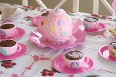 Our Scoop: A Dolly and Me Tea Party!