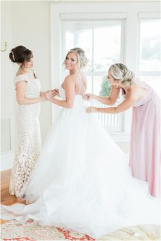 The final zip of your wedding gown | A Popponesset Inn Wedding Cape Cod with Deanna and Tyler Wedding Cape, Wedding Gowns, Bridal Party Robes, Bridesmaid Robes, Groomsman Gifts, Cape Cod, Wedding Morning, Wedding Details, Engagement Session