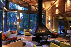 Cozy living room with floating fireplace (i.it) submitted by to /r/CozyPlaces 0 comments original - Architecture and Home Decor - Buildings - Bedrooms - Bathrooms - Kitchen And Living Room Interior Design Decorating Ideas - Contemporary Interior Design, Best Interior Design, Interior And Exterior, Room Interior, Interior Wallpaper, Interior Photo, Diy Interior, Living Room With Fireplace, Cozy Living Rooms
