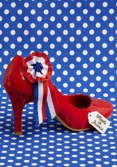Rencontez le prince charmant avec ces souliers thème 14 Juillet : le parfait accessoire pour une soirée thème Paris !  French shoes for a french party !
