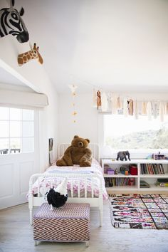 animals all around, how perfect. #kids #decor #estella