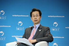 """""""Some panelists argued on the issue of the new type of major power relations during the recent summit talk. [...] This new type of relations will denote President Xi Jinping's inclination towards a peaceful and responsible rise of China."""" - Park In Kook, President of the Korea Foundation for Advanced Studies, Co-chairman of the Beijing/Shanghai Forum"""