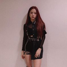 Your source of news on YG's current biggest girl group, BLACKPINK! Blackpink Outfits, Stage Outfits, Fashion Outfits, Blackpink Fashion, Korean Fashion, Mode Kpop, Blackpink Photos, Pictures, Blackpink Jisoo