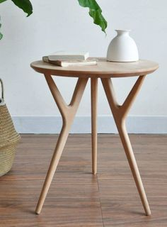 This classic wood table offers a clean-lined silhouette that will suit most decor. Grey Side Table, Glass Side Tables, Modern Side Table, Round Side Table, Unique End Tables, Interior Design Pictures, Solid Wood Table, My Living Room, Small Spaces