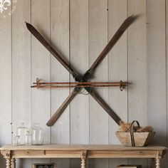 How To Hang Antique Skis Jpg Ski Condo Pinterest Cabin Condos And Bats