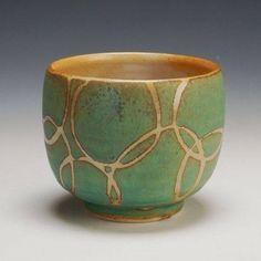 Pottery Handbuilding, Raku Pottery, Pottery Sculpture, Glazes For Pottery, Pottery Mugs, Pottery Bowls, Pottery Art, Ceramic Pots, Ceramic Decor